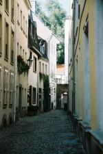Eine der ältesten Düsseldorfer Altstadtgassen: die Bäckergasse.
