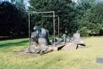 Das Heinrich-Heine-Monument am Schwanenmarkt ist eine physiognomische Vexierplastik. Sie wurde 1981 vom Düsseldorfer Bildhauer Bert Gerresheim geschaffen.